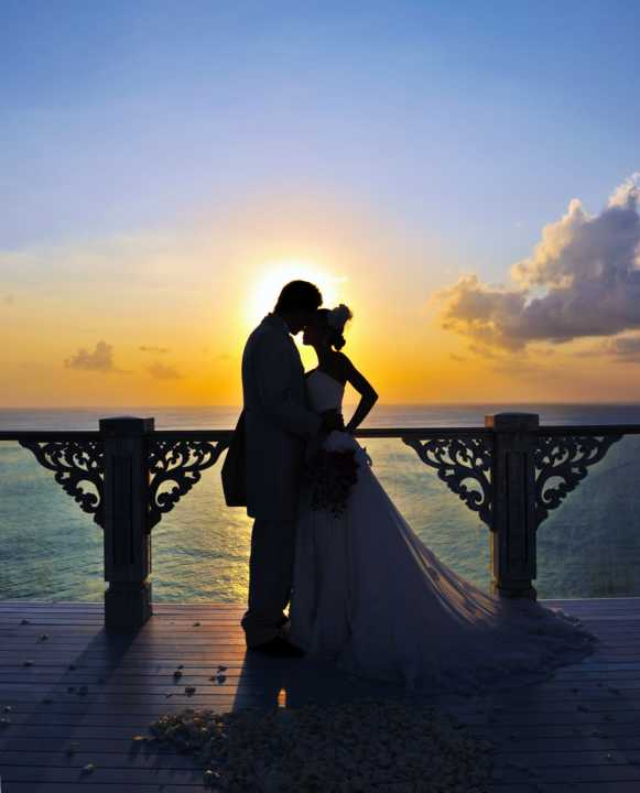 AYANA_WEDDING_SKY_COUPLE ON SUNSET